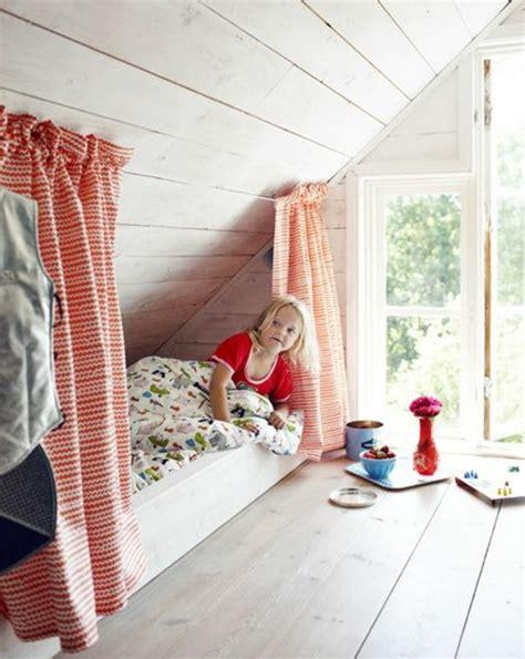 chambre enfant mansard馥 1001 id 233 es d 233 co de chambre sous pente cocoon