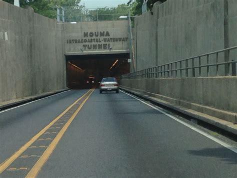 Bridgehunter.com | Houma Intracoastal Waterway Tunnel