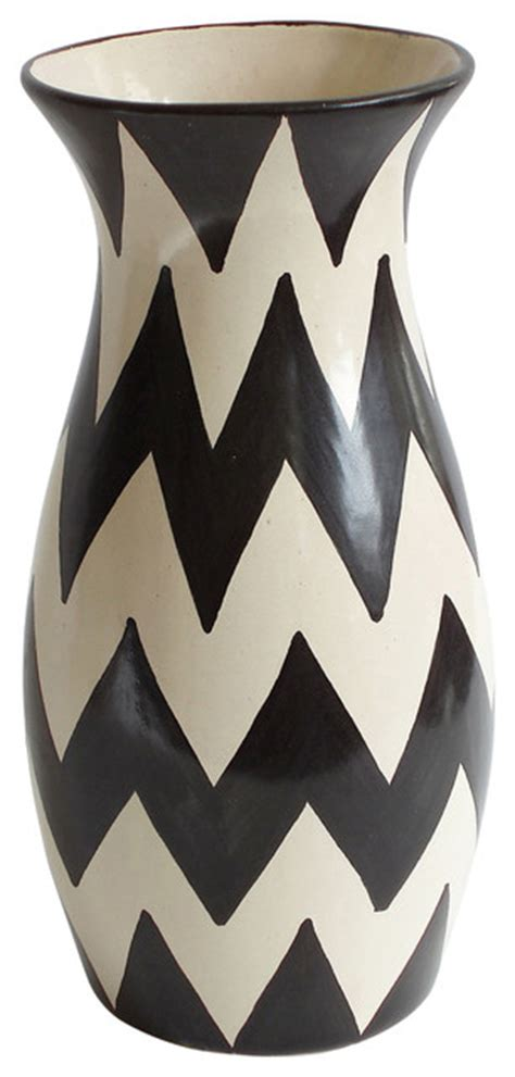 Black And White Vase by Large Zigzag Vase Black White 6 Quot X 13 5 Quot Transitional
