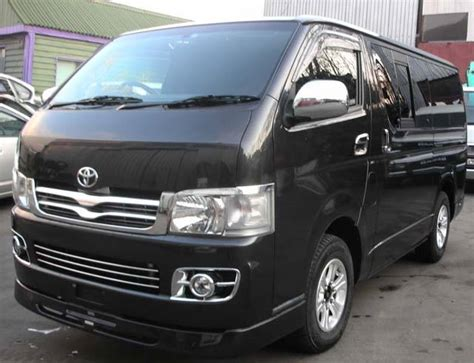 Toyota Hiace Wallpapers by 2005 Toyota Hiace Wallpapers 2 5l Diesel Automatic For