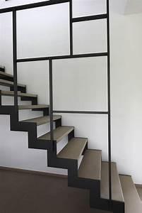 les 25 meilleures idees de la categorie marche escalier With peindre rampe escalier bois 9 yves deneyer menuiserie metallique ferronnerie