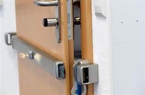 Tür Gegen Kälte Isolieren : so sichern sie ihre t ren gegen einbrecher ~ Watch28wear.com Haus und Dekorationen