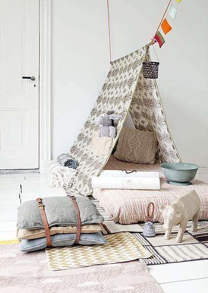 la chaise bleue pour les petits tepees and tents for