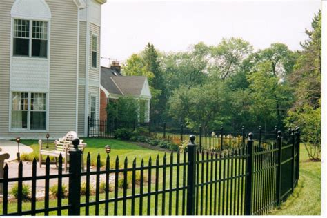 aluminum  steel fencing ideas  homes