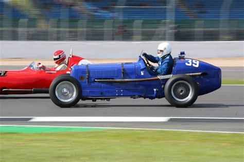 silverstone vscc formula vintage trackside