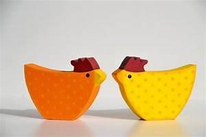 Kirschzweige Ostern Zum Blühen Bringen : zwei gute laune h hner aus holz in gelb orange tischdeko ~ A.2002-acura-tl-radio.info Haus und Dekorationen