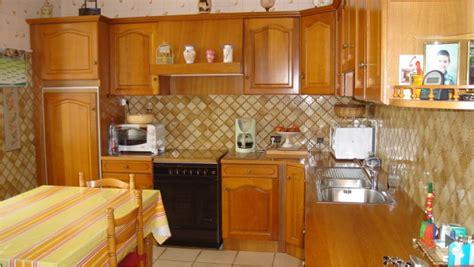 peinture pour meubles de cuisine en bois verni peinture ultra solide pour repeindre ses meubles de cuisine