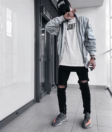 Not So Basic   W E A R //   Pinterest   Street wear Street and Clothes
