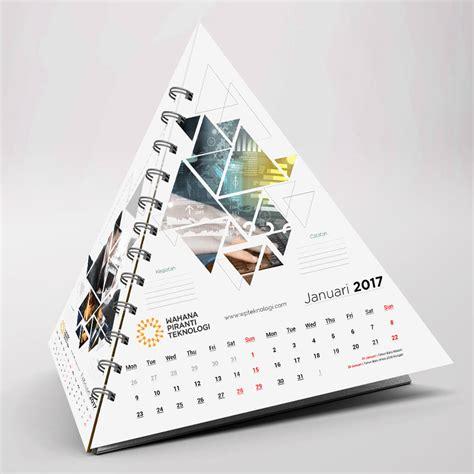 Gunakan koleksi template kalender cantik gratis dari canva setelah selesai membuat desain, anda dapat mengunduh kalender baru sebagai file pdf siap cetak. Desain Kalender Keren dan Elegan Terbaru