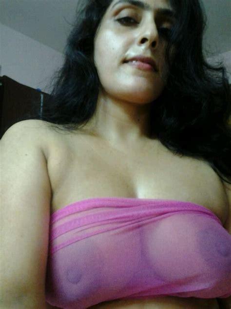 Boobs Inside My Sareee Photo Album By Zeenath