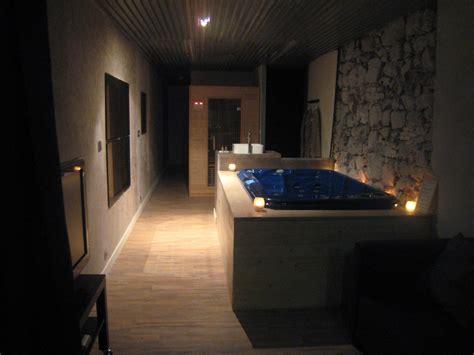 chambre avec spa privatif et sauna 224 grenoble