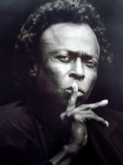 May 26: The Late Jazz Legend Miles Davis Birthday   Born ...