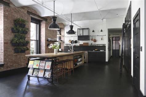 cuisines industrielles cuisine style industriel quels matériaux et éléments