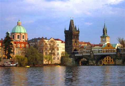 Travel Prague Old Town And Charles Bridge Cheer And Cherry