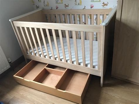 Mamas And Papas Nursery Furniture, Cot Bed Wardrobe Drawers/changing Unit And Under Bed Storage