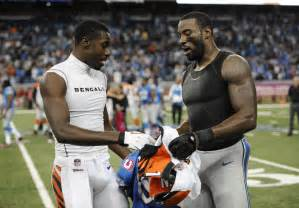 Lions WR Calvin Johnson gives jerseys off his back ...