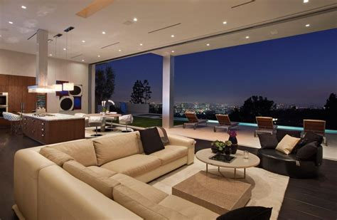House With Spectacular Downtown City Views by Large Modern Home With Lovely City Views Bel Air Los