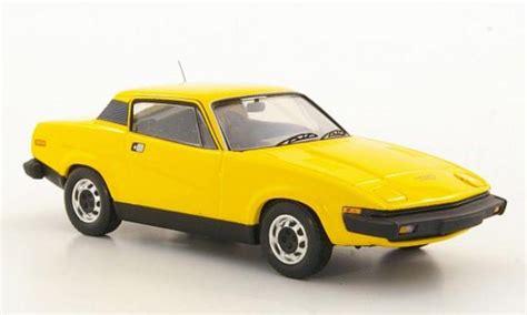 triumph tr miniature coupe jaune lhd trofeu
