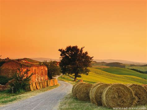 tuscan landscapes tuscany landscape paysage beautiful view countryside house