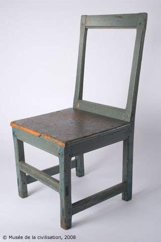 chaise com chair the lost code musée de la civilisation