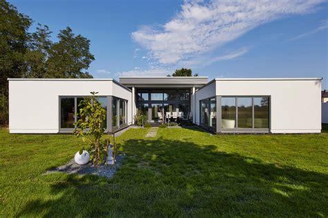Moderne Häuser Ebenerdig by Gussek Haus Bungalow Stil Fertigh 228 User Funktional