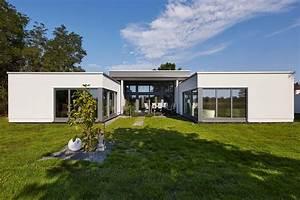 Bungalow 200 Qm : gussek haus bungalow stil fertigh user funktional ebenerdig barrierefrei ~ Markanthonyermac.com Haus und Dekorationen