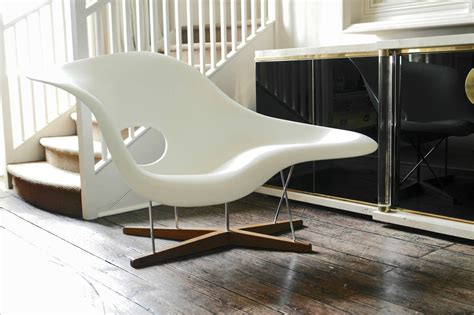 chaises vitra vitra edition la chaise by charles and eames for sale