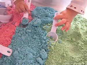 Cómo hacer arena mágica casera Pequeocio