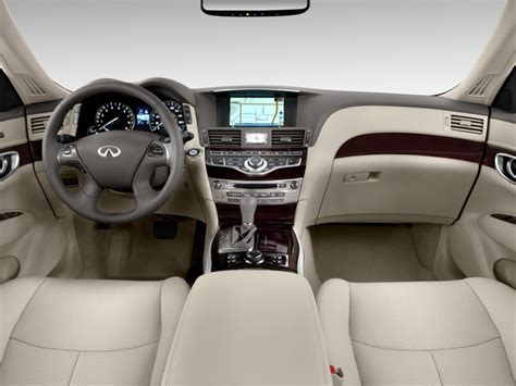 image  infiniti   door sedan rwd dashboard size