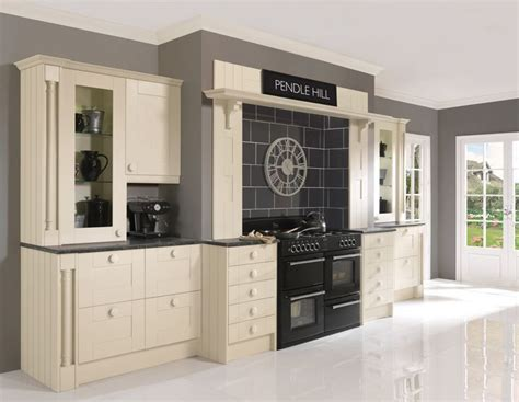 kitchen cabinets price 17 best modern kitchens images on contemporary 3181
