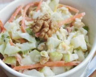 cuisiner le chou blanc en salade recette de salade de chou blanc pommes et carottes