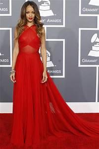 rihanna etait sublime avec sa robe soiree rouge With rihanna robe rouge