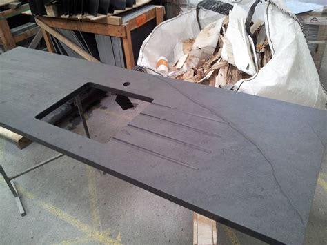 plan de travail cuisine avec evier integre minardoises plan de travail cuisine avec évier ardoise du brésil