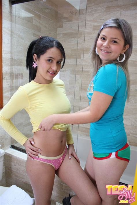 two petite teen kissing and having fun in hot lesbian game