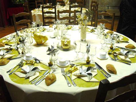 chambre de noce noces d or decoration de tables idées de décoration et