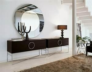 Wandspiegel Design Modern : wandspiegel rund und elegant sch ne hinzuf gung an der wand ~ Indierocktalk.com Haus und Dekorationen