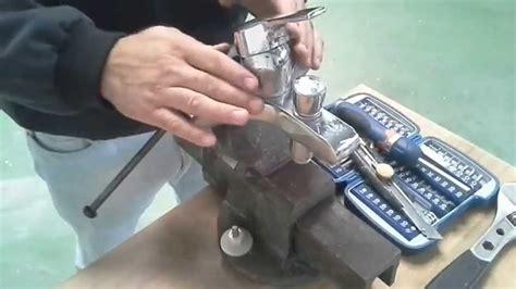 comment demonter un robinet mitigeur de cuisine comment changer la cartouche d 39 un mitigeur