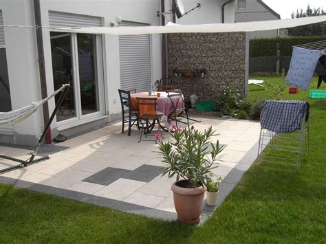 terrasse exterieur maison contemporaine veranda