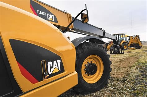 Aurora area officials to meet with Caterpillar about ...