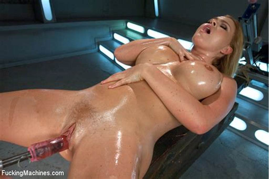#Kinky #Hot #Action #As #Lusty #Sex #Model #Enjoys