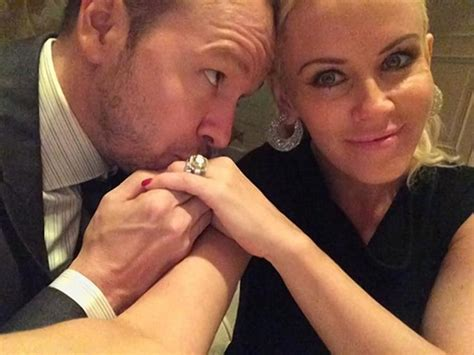 jenny mccarthy reveals she s already lost her wedding ring