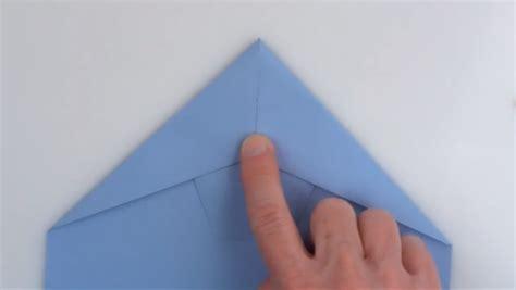 wie bastelt einen papierflieger wie einen weltrekord papierflieger bastelt engadget deutschland