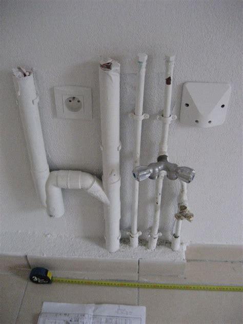 normes électriques vefa prise et hotte à côté arrivée d