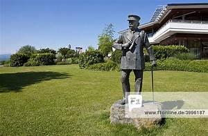 Haus Kaufen Friedrichshafen : baden w rttemberg deutschland europa friedrichshafen am bodensee denkmal von graf ferdinand ~ Buech-reservation.com Haus und Dekorationen