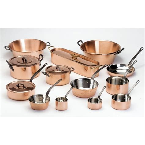 batterie de cuisine en cuivre a vendre série de 5 casseroles en cuivre de marque baumalu