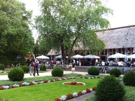 Bilder Und Fotos Zu Teehaus Im Englischen Garten In Berlin
