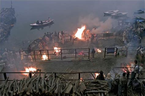 burning ghats  photo  uttar pradesh north trekearth