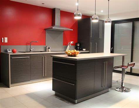cuisine en l ouverte idée d 39 aménagement de cuisine équipée idée d 39 agencement