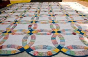 wedding ring quilts for sale you to see wedding ring quilt on craftsy
