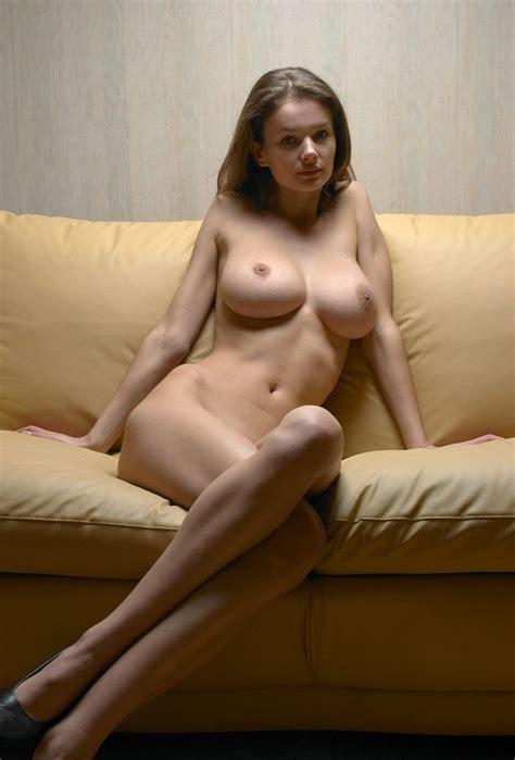 Sexy Posing Nude Knm